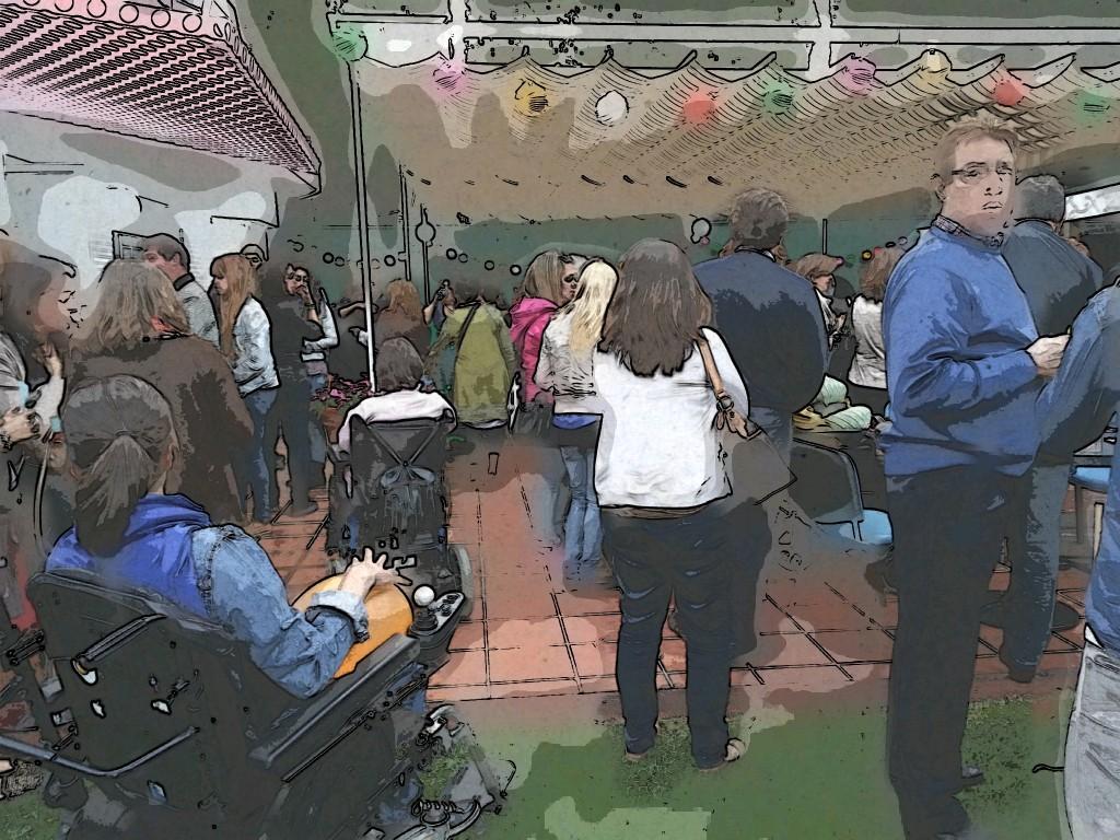 Foto de un momento de la fiesta en centro de personas con parálisis cerebral